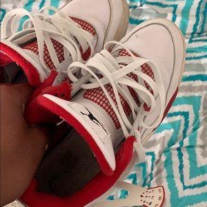 Jordan alternate 4s size 10 7/10 condition